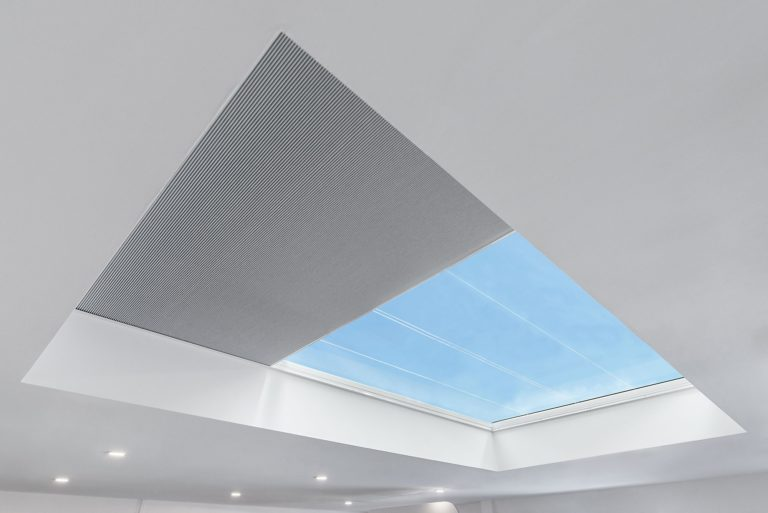 Skyway+ Electric Blackout Blind